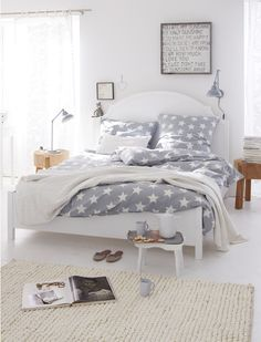 sunshine poster, linen, white bed