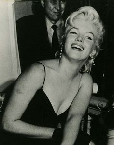 Marilyn at a press conference for The Prince and The Showgirl, New York, 1956.
