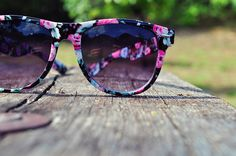ffc71c1bbf These floral sunglasses are so cute!!!! ❤ Ray Ban Glasses