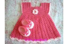 Patrones de vestidos de bebé tejidos a crochet - Imagui
