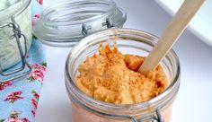 Dit superlekkere recept voor hummus komt vanUitpaulineskeuken.nl, de site van Pauline. Meng alle ingrediënten, behalve de…