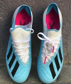 Adidas Soccer Boots, Football Shoes, Soccer Shoes, Adidas Sneakers, Shoes Sneakers, Best Soccer Cleats, Soccer Kits, Soccer Equipment, Adidas Nmd