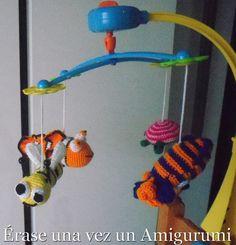 Érase una vez un Amigurumi: Regalos amigurumiles Móvil para bebé