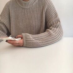 Image uploaded by polerr. Find images and videos about style, photography and pink on We Heart It - the app to get lost in what you love. Fashion 2020, 90s Fashion, Korean Fashion, Beige Aesthetic, Instagram Girls, Disney Instagram, Guys And Girls, Sweater Weather, Streetwear Fashion