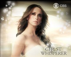 """Last week I discovered my new favorite show: """" Ghost Whisperer . The series finale was last year. Best Tv Shows, New Shows, Best Shows Ever, Movies And Tv Shows, Favorite Tv Shows, Jennifer Love Hewitt, Melinda Gordon, Ghost Whisperer, Tv Land"""
