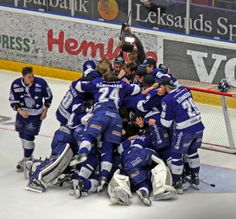 Leksands IF Football Helmets, Hockey, Random, Sports, Fashion, Hs Sports, Moda, La Mode, Sport