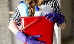 We snappen dat je de wekelijkse schoonmaak het liefst zo snel mogelijk achter de rug hebt. Een goede routine is daarbij onontbeerlijk.