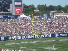 UCONN Football #UConn #football #Connecticut  http://moomettesmagnificents.com/blog/quite-corner-new-england-ct-antique-capitol-things-to-do/
