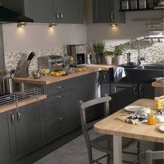 Cuisine Merlin Leroy Merlin With in 20 Typique Galerie De Cuisine Le Roy Merlin Black Kitchen Cabinets, Black Kitchens, Kitchen Redo, New Kitchen, Flat Ideas, Kitchen Models, Home Comforts, Luxury Accommodation, Kitchenette