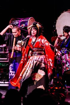 Wagakki Band Transfix New York Crowd with Dynamic Show (Photos) - PopMatters Visiting Nyc, Punk Rock Fashion, Show Photos, Rock Music, Rock Bands, Light In The Dark, Martial Arts, Crowd, Indie