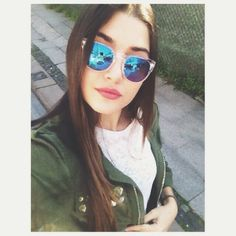 Find images and videos about güneşin kızları, alsel and hande erçel on We Heart It - the app to get lost in what you love. Turkish Women Beautiful, World Most Beautiful Woman, Turkish Beauty, Girl Photo Poses, Girl Photos, Beautiful Celebrities, Beautiful Actresses, Selfies, The Americans Tv Show