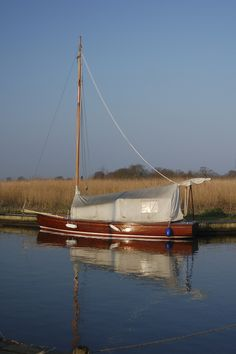 classical river yacht | Norfolk Broads Sailing-12