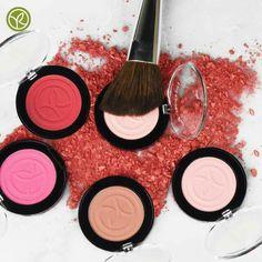 Novità fard colore vegetale: Una polvere fine, ultra delicata, arricchita con olio di rosa mosqueta, delicatamente profumata