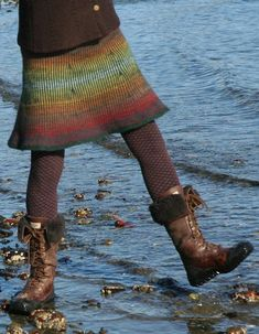 Knit fair isle skirt pattern - I love the look of this skirt and would love to make it sometime soon!
