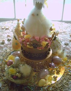 Candlelight Supper: Chick-a-la-Queen Tablescape