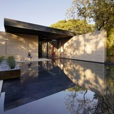 Aidlin+Darling+creates+a+meditation+centre+at+Stanford+University+with+rammed-earth+walls