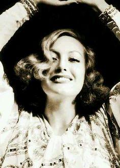 Joan Crawford- positively lovely!
