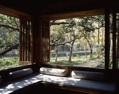 The perfect place to sit & read a good book.