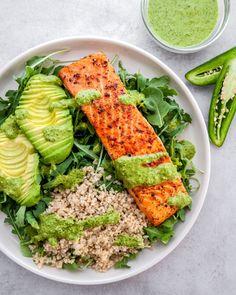 Arugula Recipes, Salmon Salad Recipes, Tostadas, Clean Recipes, Healthy Recipes, Quinoa Bowl, Quinoa Salmon, Bowls, Lunches