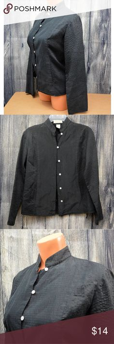 "Linden Hill Silk Button Down Textured Black Blouse Linden Hill 100% Silk Button Down Shirt Black Textured Distinguished Career Club Excellent Used Condition. Approx 19"" armpit to armpit, size small. 100% Silk. Linden Hill Tops Button Down Shirts"