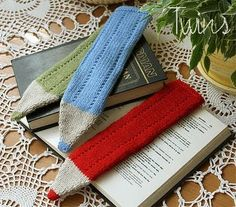 Free knitting pattern for Crayon Bookmarks and other stash buster knitting patterns