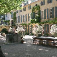 A Magic Place   http://m.abbayedepierredon.com/en/property