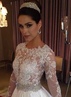 vestido de noiva renda bordada modelo princesa