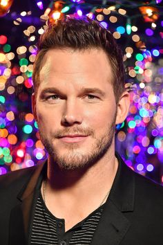 24 Chris Pratt Pictures That'll Make You Weak in the Knees Star Lord, Actor Chris Pratt, Michael Ealy, Weak In The Knees, Timothy Olyphant, Man Thing Marvel, Marvel Actors, Handsome Actors, Hollywood Actor