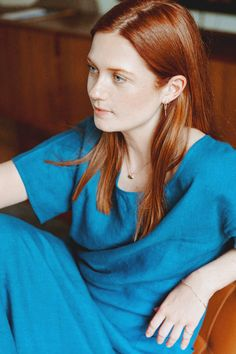 -based director and actress Bonnie Wright shares all of her favorite skincare, beauty, and hair products. Bonnie Wright, Bonnie Francesca Wright, Robin Wright, Ginny Weasley, Hermione, Pastel Blonde, Skai Jackson, Harry Potter Cast, Danielle Campbell