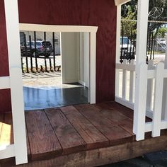 #porch #pighouse #customized #coop #doghouse #chickencoop #picketfence