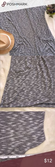 Annabelle Gray Short Sleeve Cardigan Sweater women Annabelle Gray slouchy sweater with pockets!!  Pockets flatter waist line in excellent used condition!  XL/1x Annabelle Sweaters Cardigans
