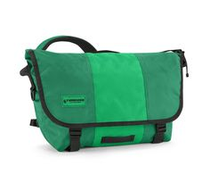 The original Timbuk2 messenger improved by 25 years of expertise.