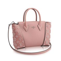 Louis Vuitton epi Joey wallet This is brand new with box and dust bag. Louis Vuitton Bags Wallets More purses and handbags leather Vuitton Bag, Louis Vuitton Handbags, Purses And Handbags, Pink Handbags, Gucci, Fendi, Givenchy, Beautiful Handbags, Beautiful Bags