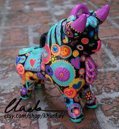 Ceramic Torito de Pucara Peruvian Bull Hand painted Art sculpture figurine  Lucky charm folk art ornament gift by khuskuy on Etsy