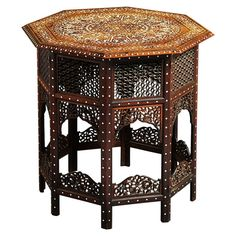 Anglo-Indian Table inlaid with Birds