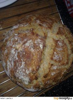 Domácí chléb (výborný)