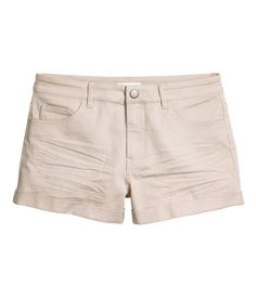 Light taupe. Short 5-pocket shorts in stretch twill with a regular waist, zip fly with button at waist, and sewn cuffs at hems.