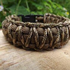 Brown and tan camo paracord bracelet. #handmade #bracelet #survival