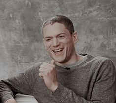 Wentworth Miller on TV Guide (x) Michael Scofield, Wentworth Miller Prison Break, Leonard Snart, Dominic Purcell, Dc Legends Of Tomorrow, Tv Guide, Series Movies, Best Tv, Supergirl