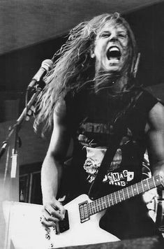 Find images and videos about black and white, young and metallica on We Heart It - the app to get lost in what you love. James Hetfield Young, James Hetfield Guitar, Jason Newsted, Cliff Burton, Robert Trujillo, James Hatfield, Metallica Art, Metallica Concert, Heavy Metal Music