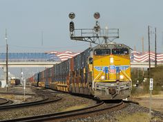 union pacific railroad | Milepost 988--Union Pacific Railroad eastbound container train led by ...
