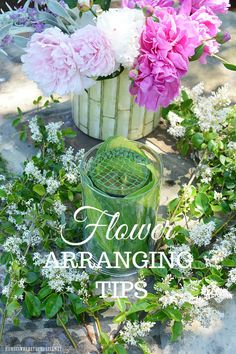 Garden Bouquet Tips and Flower Arranging Hack using something you usually throw away! | ©homeiswheretheboatis.net #peonies #DIY #recycle #flowers Vintage Tea Parties, Diy Bouquet, Bouquet Flowers, Cut Flowers, Bouquets, Mosaic Flower Pots, Craft Bags, Recycling, Diy Recycle