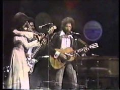 """Bob Dylan """"time is an ocean but it ends at the shore"""" & A simple twist of fate (w/Scarlet Rivera)"""