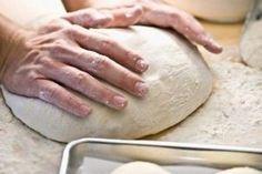 Ludo tijesto s kojim ćete napraviti čarobne zalogaje, uvijek! Pizza Recipes, Bread Recipes, Hungarian Cake, Good Food, Yummy Food, Bread Bun, French Toast Bake, Russian Recipes, Dough Recipe