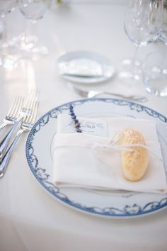 Maja and Dario's Romantic Outdoor Tuscan Wedding on @intimatewedding Photography by @infraordinario #tuscanwedding #bluewedding #weddingtable