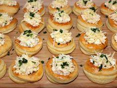Húsvéti vendégváró falat recept lépés 8 foto My Recipes, Cake Recipes, Cooking Recipes, Eat Pray Love, Hungarian Recipes, Easter Cookies, Zucchini, Mini Cupcakes, Food To Make