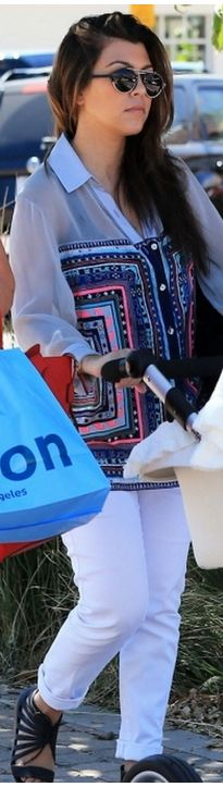 Who made  Kourtney Kardashian's print top and flat sandals?