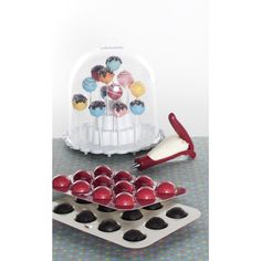 Whip up some homemade cake pops with this kit!