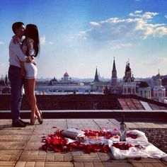 Anniversary date love cute couples kiss sky clouds romantic roses
