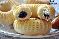 Kaak el Nekache ou Gâteau Algérien à la Pâte de Dattes كعك النقاش - Couscous et Puddings